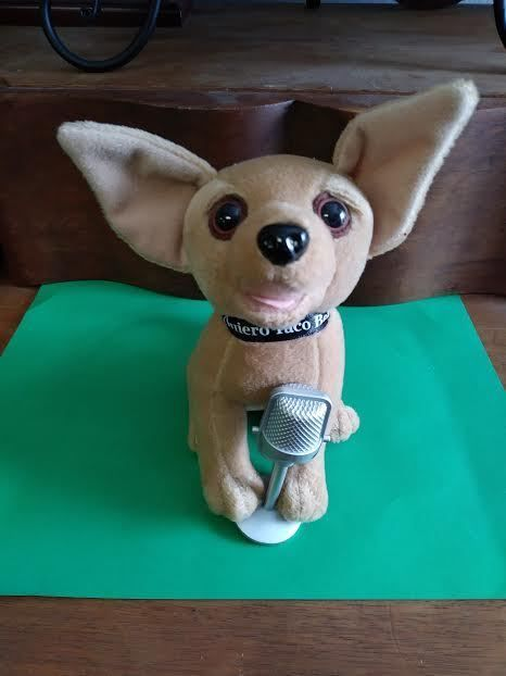 Taco Bell Singing Chihuahua With Microphone Plush Toy Tacobell