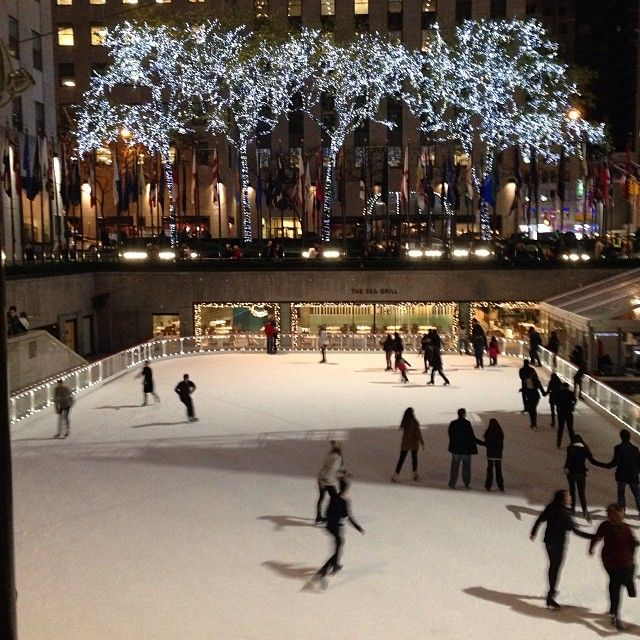Rockerfeller Center Ice skaters and all kit up #nyc #holidays by erinqueen