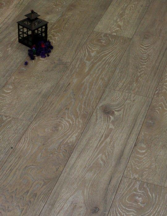 Grand Selection Beaver Oak Laminate Flooring From 14 16m Kronoswiss Laminate Flooring Flooring Oak Laminate Flooring
