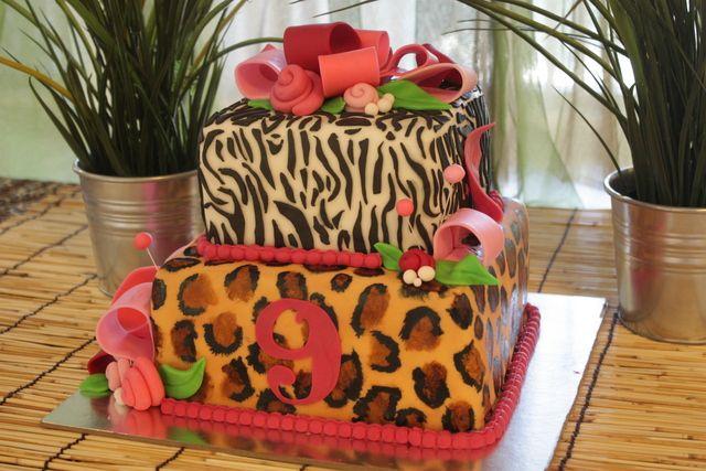 Cake at a Safari Party #safari #partycake