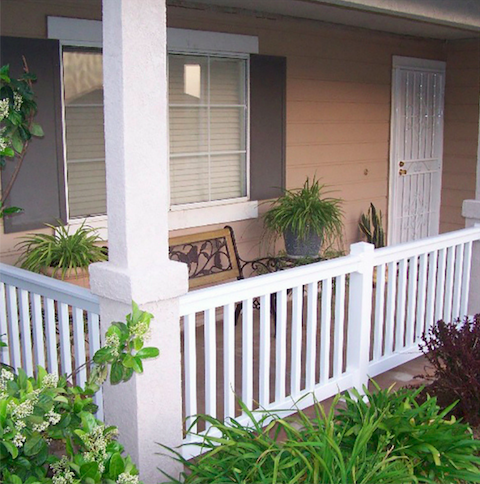 Easy Installation Easy Maintenance For Front Porch Weatherables Vinyl Railing Outdoordecor Porch Makeover Front Porch Makeover Vinyl Railing