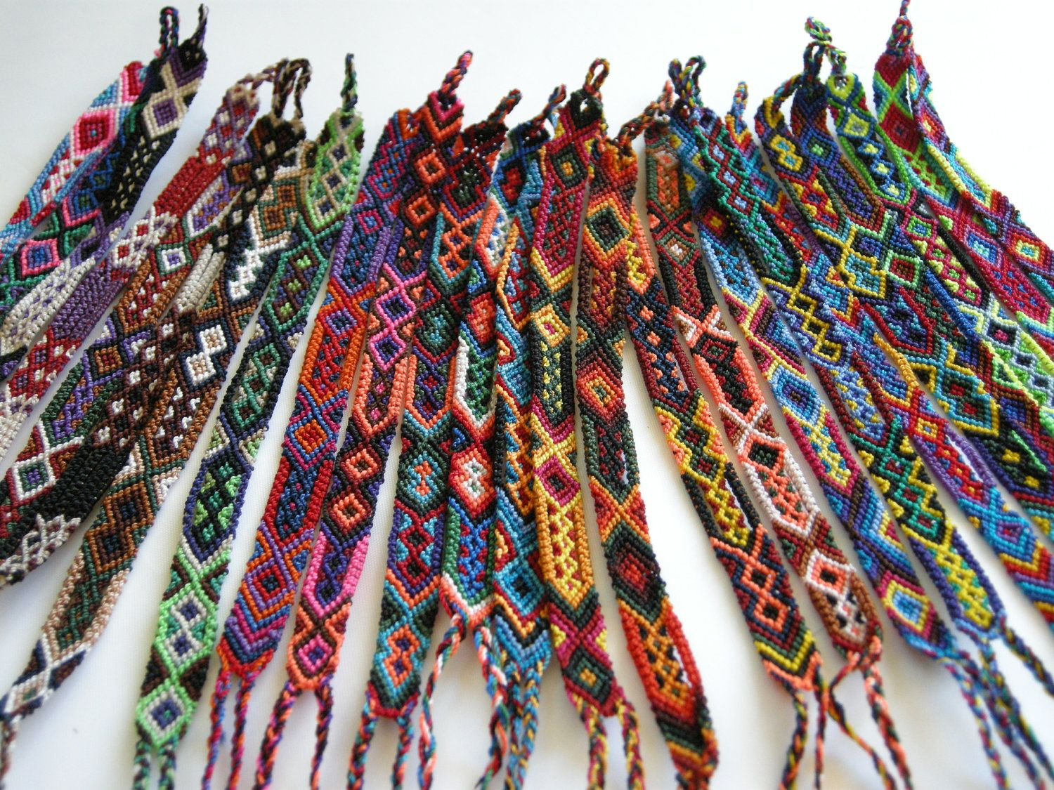 9ffe0ccb91fd1 Wholesale Lot of Small Friendship Bracelets (25 bracelets). $80.00 ...