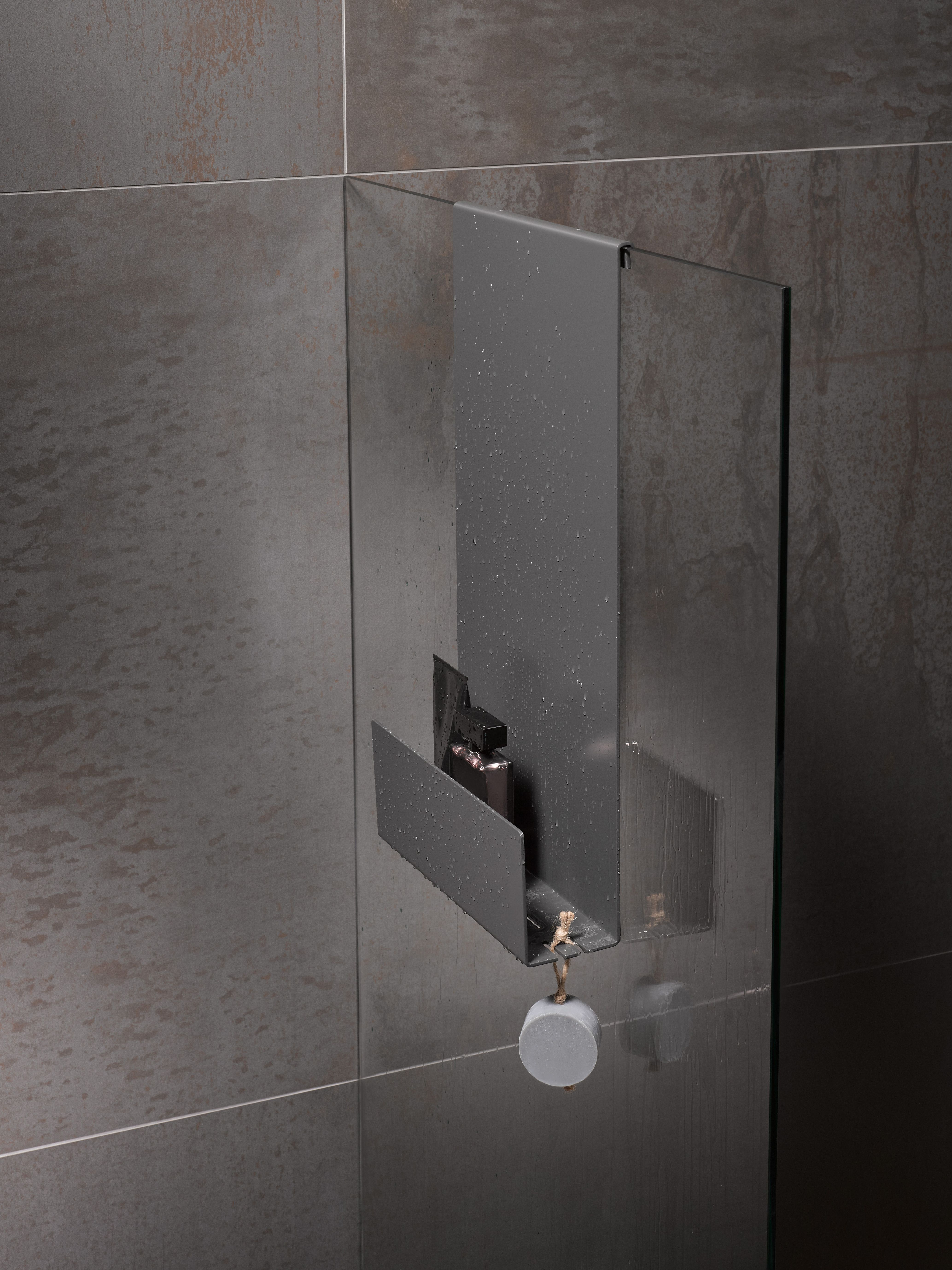Keuco Shower Shelves For The Perfect Blend Between Storage Space And Design Met Afbeeldingen Douche Planken Design Badkamer Badkamerideeen