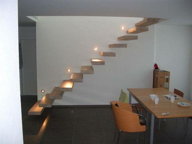 Stufenbeleuchtung bei Kragarmtreppe EGO - das Original - direkt - haus renovierung altgebaude