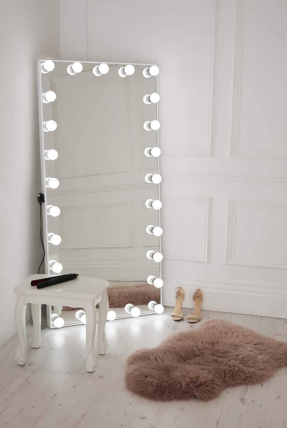 Ultimate Selfie Free Standing Full Length Illuminated Mirror