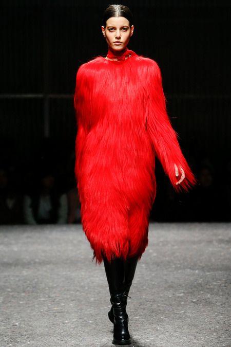 Prada AW 14/15: Trend colour Red