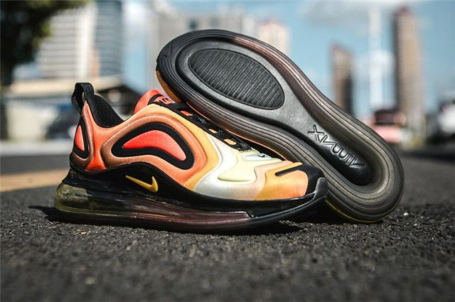 the latest f4961 82d53 Womens Nike Air Max 720 Shoes 07SH