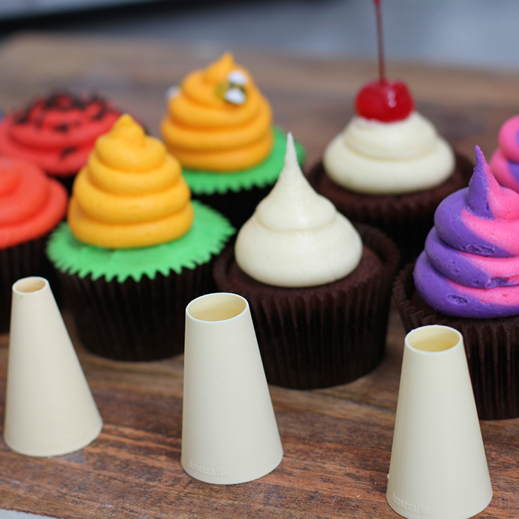 6 Buttercream Frosting Styles Using A ROUND Piping Tip ...