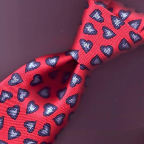 9b9eff653d46 SHOW YOUR VALENTINE YOU CARE HERMES TIE 7602 BLUE HEARTS BEAT TRUE RED 3.5 X  56