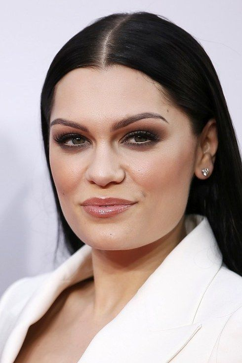15 Of The Boldest Eyebrow Transformations Of 2014 | Khloe