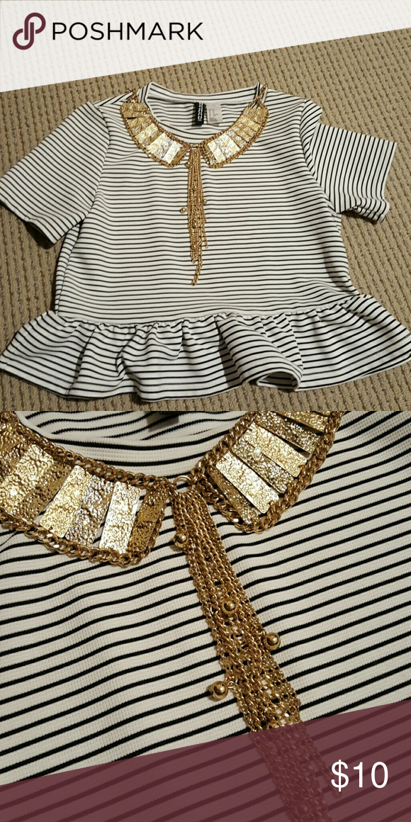 Gold Collar Necklace Gold Collar-shaped necklace from Asos!  Instantly takes your outfit to the next level! So versatile and cute!  Necklace has extra loops at the end so you can adjust the length up to 3 inches. ASOS Jewelry