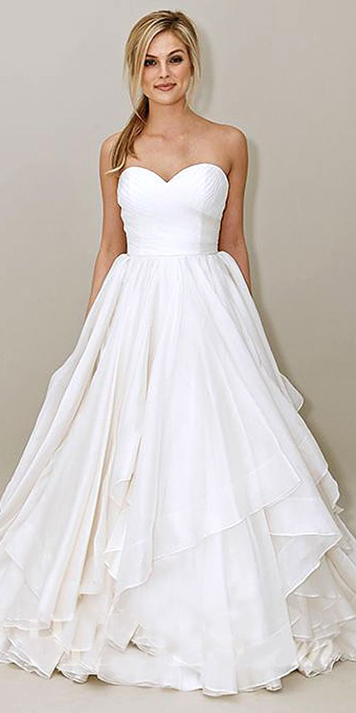 24 Classic Wedding Dresses You Can\'t Go Wrong With | Wedding Gowns ...