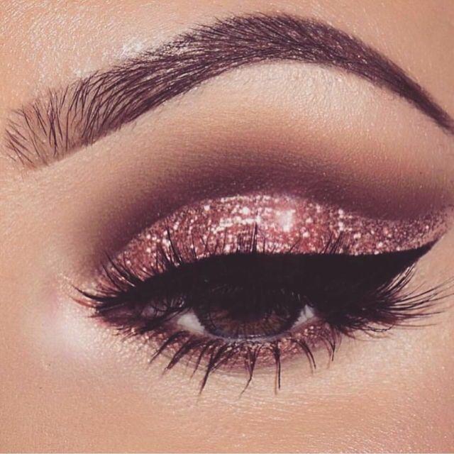 Xobabydollxolr Sparkly Eye MakeupGlitter