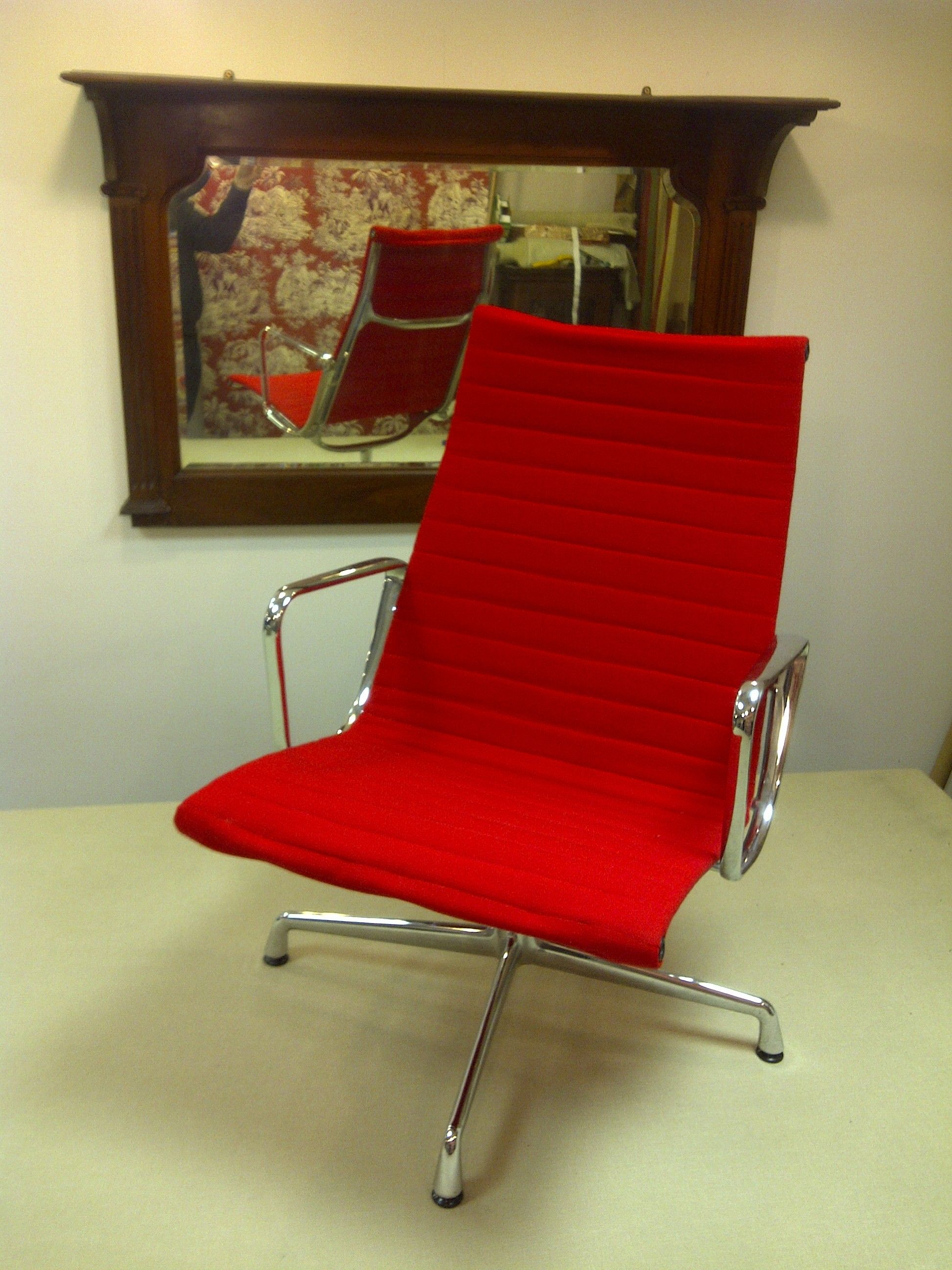 Eames Ea108 Ribbed Office Chair Charles Eames Low Back - Eames Chair London