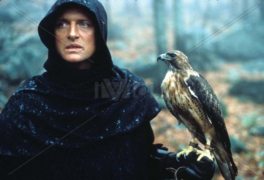 """Etienne Navarre (Rutger Hauer) in """"Ladyhawke""""  (http://www.ivid.it/fotogallery/imagesearch/images/ladyhawke_matthew_broderick_richard_donner_010_jpg_swtk.jpg)"""