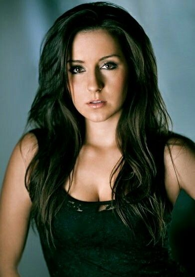 Ashleigh Gryzko Hope To See That Pretty Face In More Films With