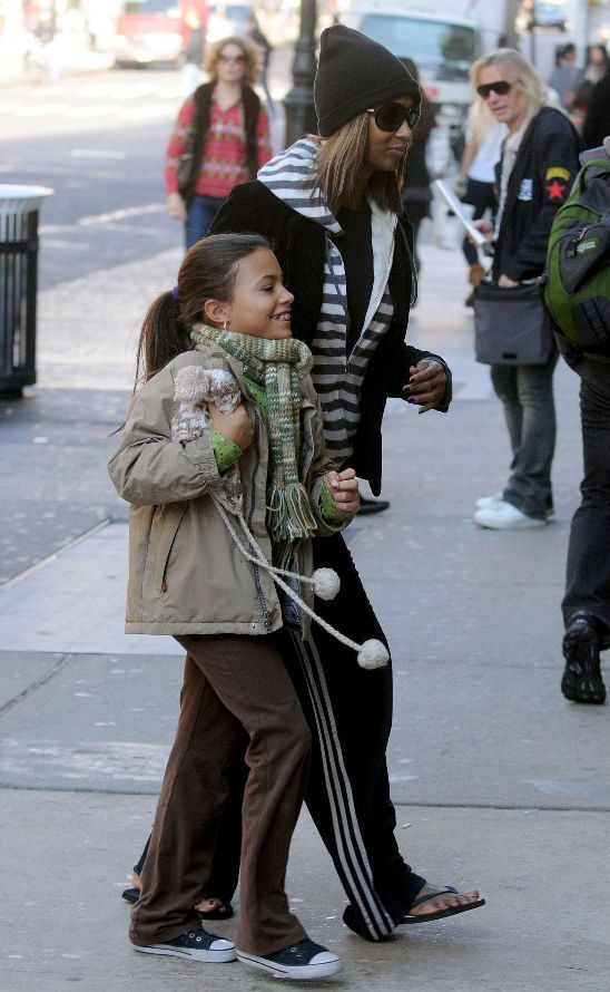 David Bowie Daughter Iman And Lexi Out And About Black Celebrity