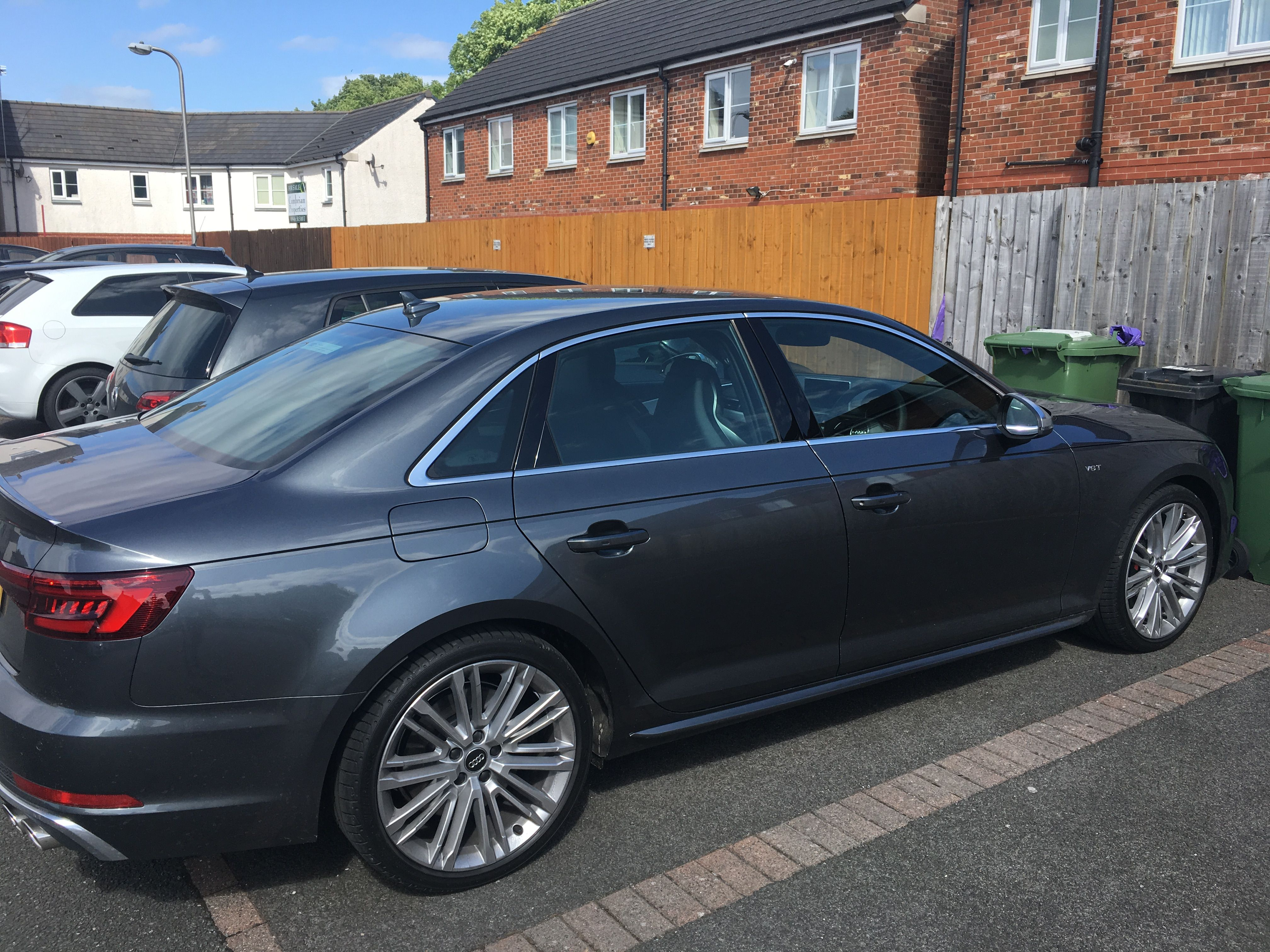 Audi A4 Saloon S4 Quattro 4dr Tip Tronic Cars Carswithoutlimits
