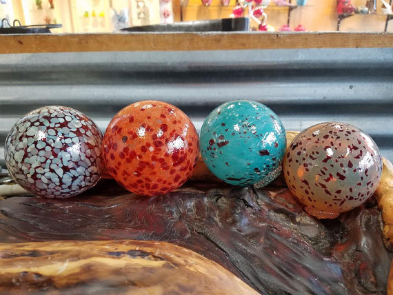 Speckled Floats Set Of Four 2 53 5 Decorative Glass Blowing Glass Decor Garden Balls
