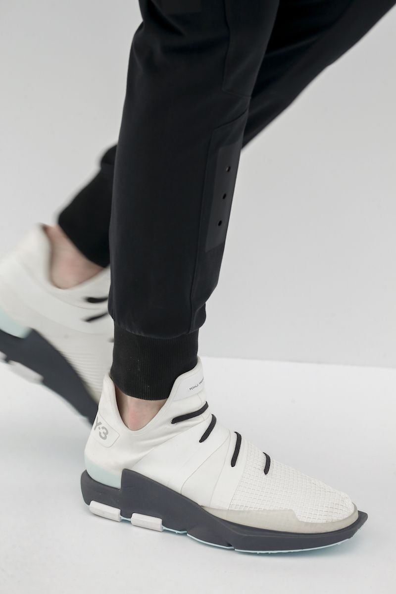 Summer Feet : adidas 2017 Spring Summer Footwear Collection includes  silhouettes inspired by sci-fi films that designer Yohji Yamamoto's loves  like Blade ...