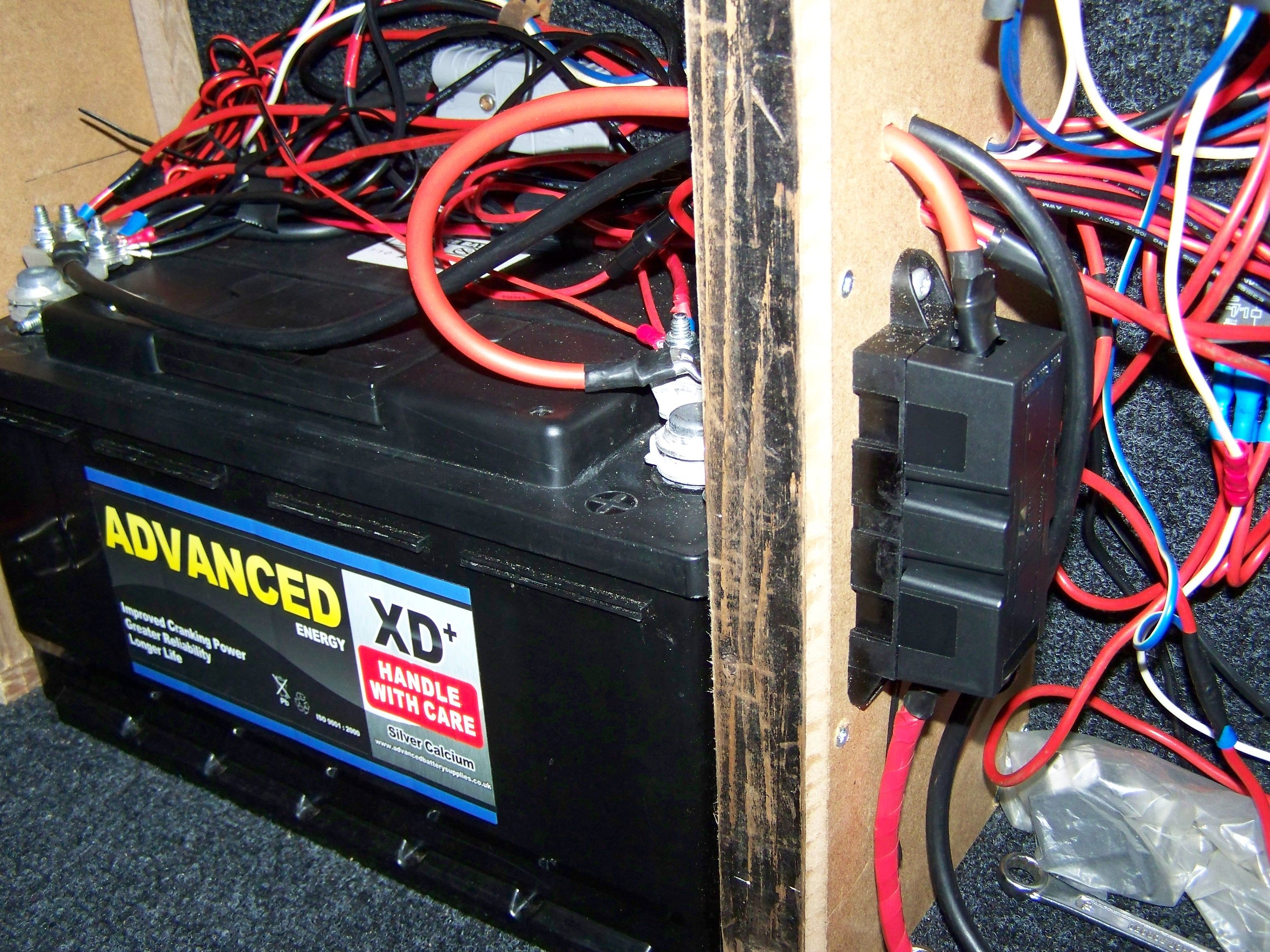 vw caddy solar camper wiring 200a mega fuse box this is the top [ 3072 x 2304 Pixel ]