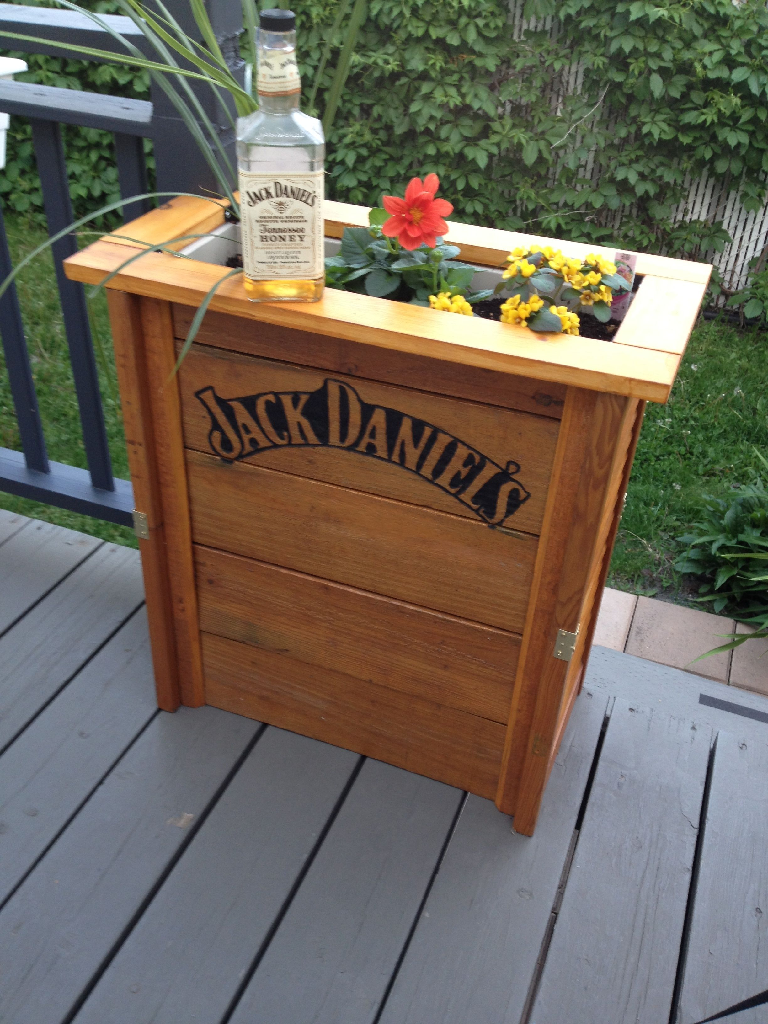 Boite A Fleurs Jack Daniel Jack Daniel Flowers Box #Garden,