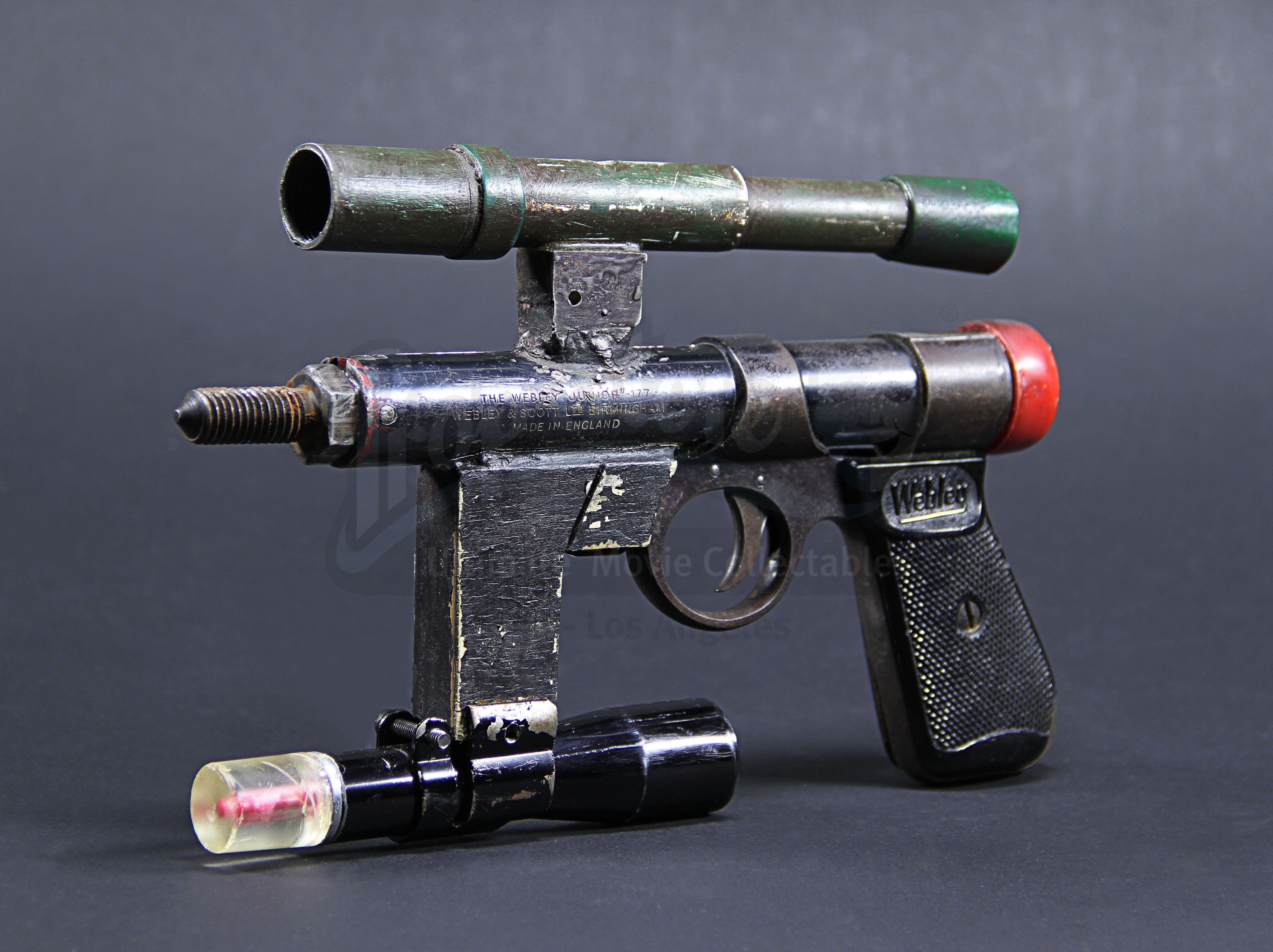 Lot 10 nostromo laser pistol from alien estimate 3000