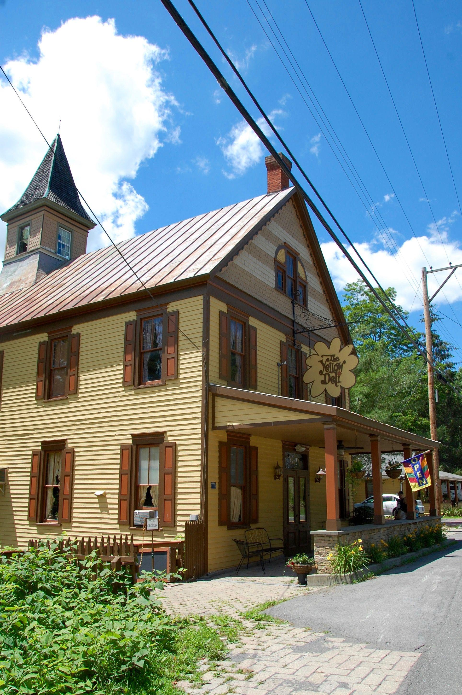 Magical mystical treehouse cafe oak hills yellow deli