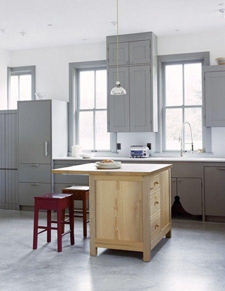 Photo Gallery: Interiors From Big, Easy Style | Cocina café claro y Café