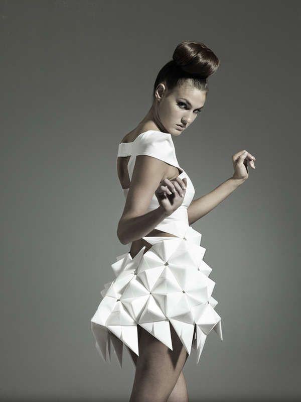 Futuristic Geometric Dresses Moda Futuristica Pinterest