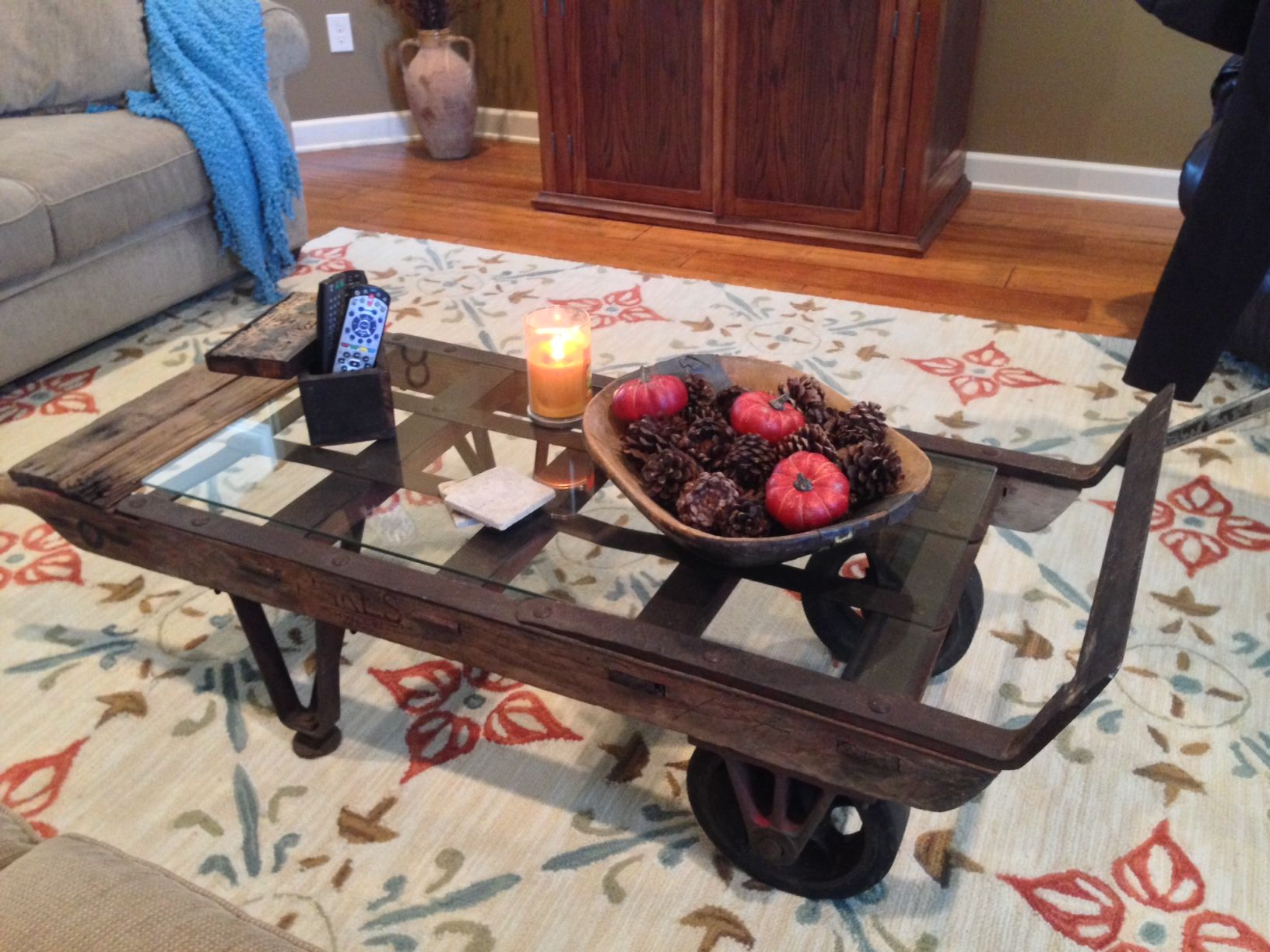 Old dolly made fabulous coffee table