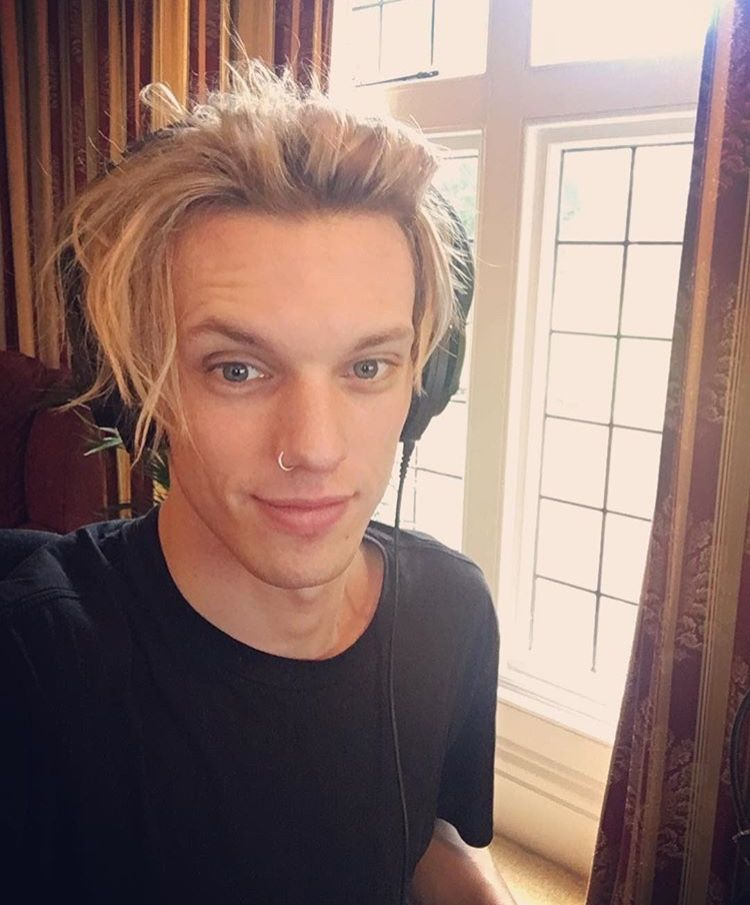 Pin By Jamie Cotant On What I Want: Pin By Any T. Dufour On Jamie Campbell Bower
