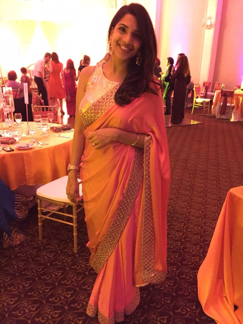 Hide your bump in a saree for a wedding and party 1st for Wedding dress to hide pregnancy