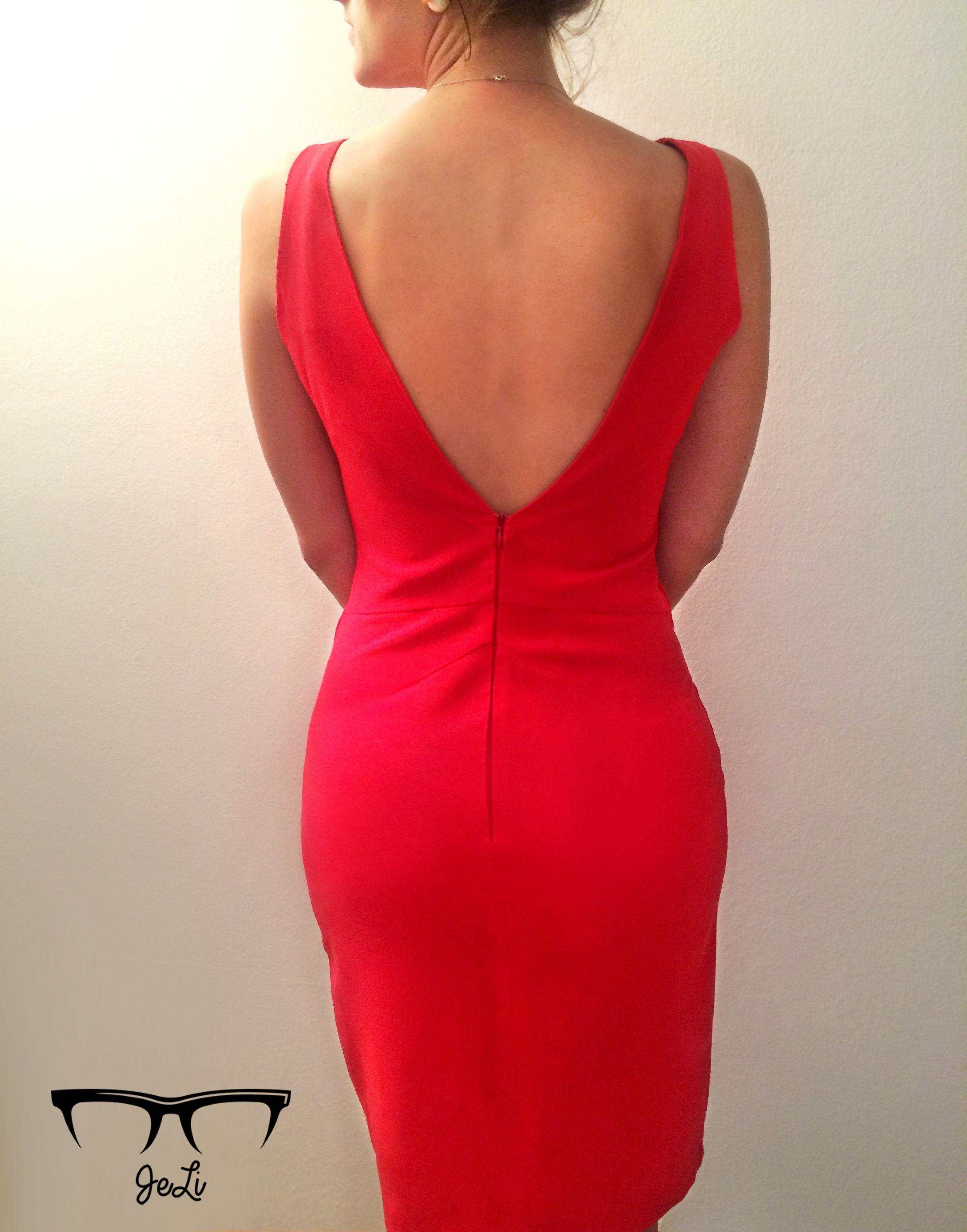 rotes kleid rückenfrei nach burda schnittmuster