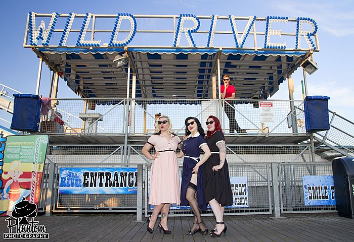 The Collectif ladies at the Brighton pier. #pinup