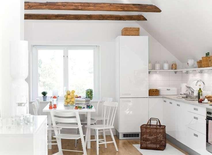 Cucine bianche - Cucina moderna bianca e legno