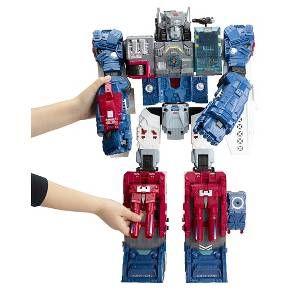 Well, #Devastator needs SOMEONE to battle! Transformers Titan Class Fortress Maximus @target