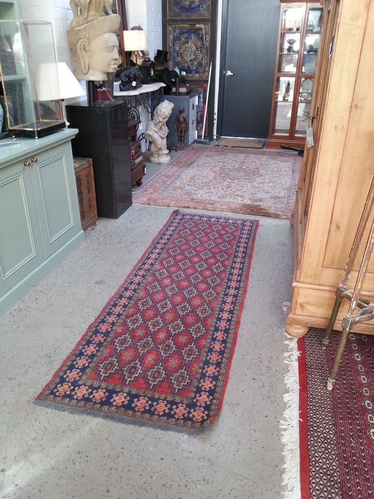 Beautiful Vintage Hand Woven Hall Runner Rug Carpet Stan Origin Persian Wool