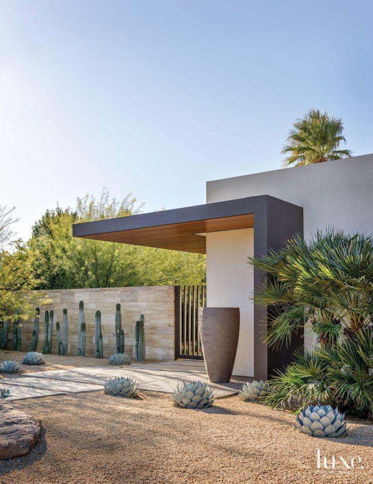 Modern House Design Architecture Modern Cream Exterior With Desert Landscape Modern Architecture Modern Landscape Design Desert Homes