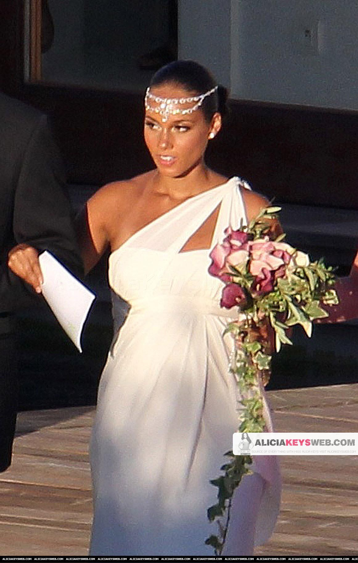 Alicia Keys Grecian Wedding Headpiecelove For that special