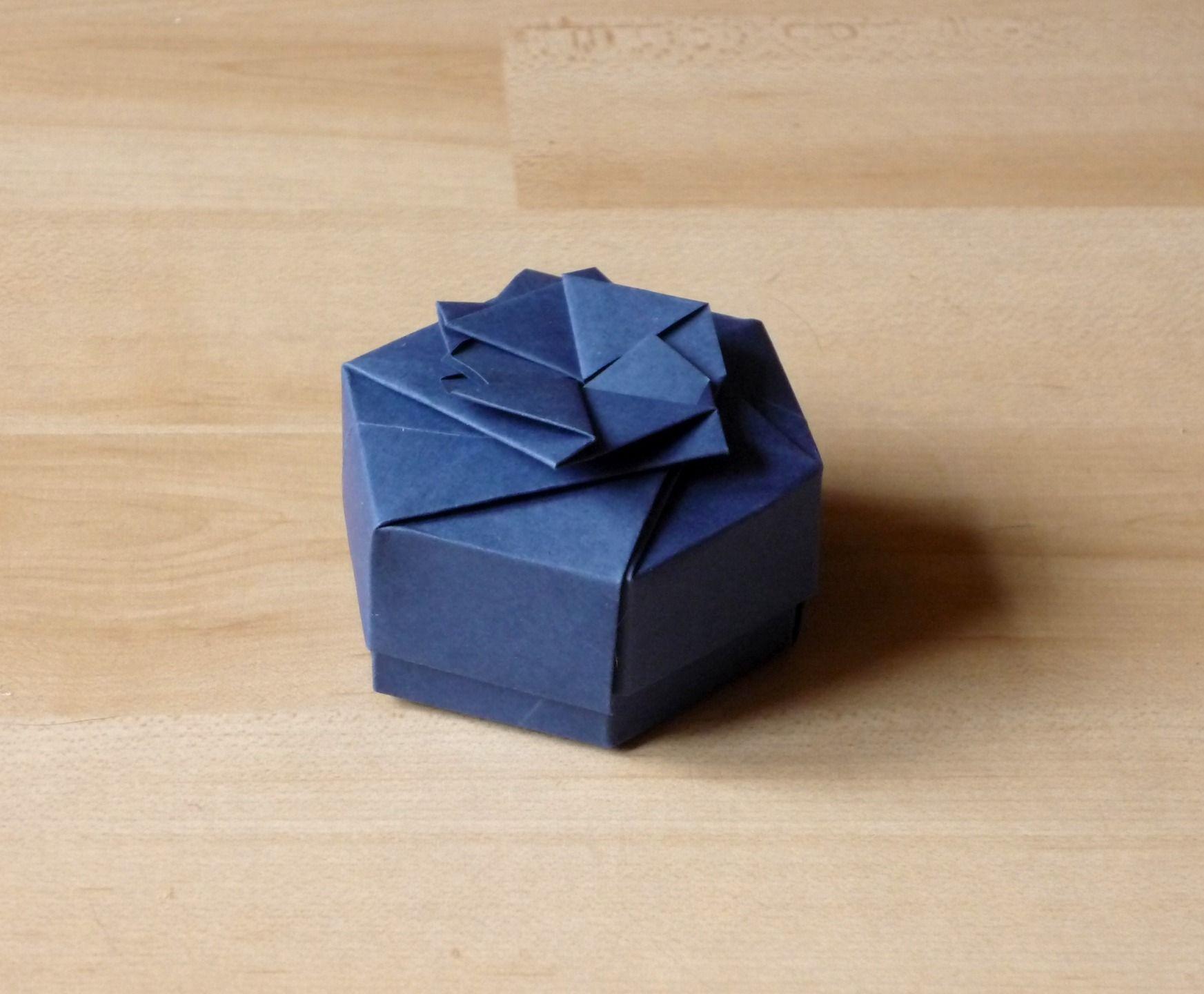 Ballotin De Dragées Hexagonale En Papier Origami, Couleur Bleu Marine