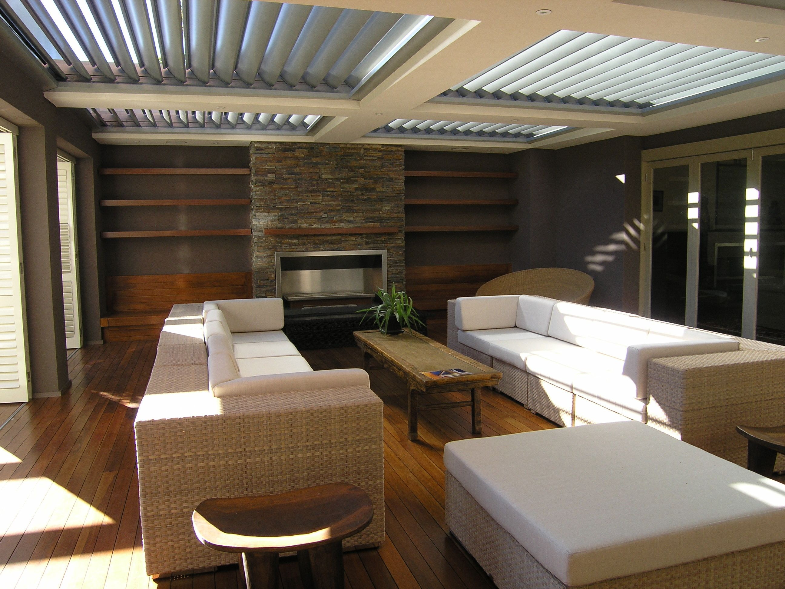 Attractive Outdoor Entertaining Area Design Ideas Part - 4: Amazing Outdoor Entertainment Area - Love The Skylights In The Roof With  The Blinds To Open Or Close