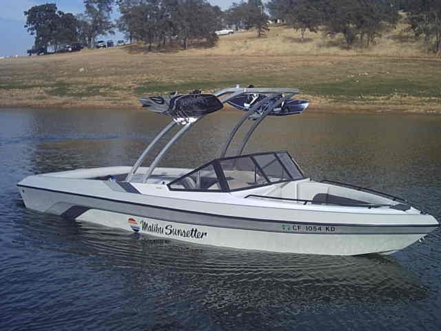 1992 malibu euro f3   See http://www.wakeworld...921/375148.html for his construction ...