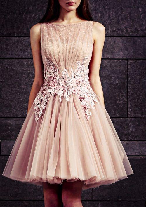 Картинки через We Heart It https://weheartit.com/entry/109576095/via/28056655 #amazing #beauty #desing #dress #fashion #pink #style