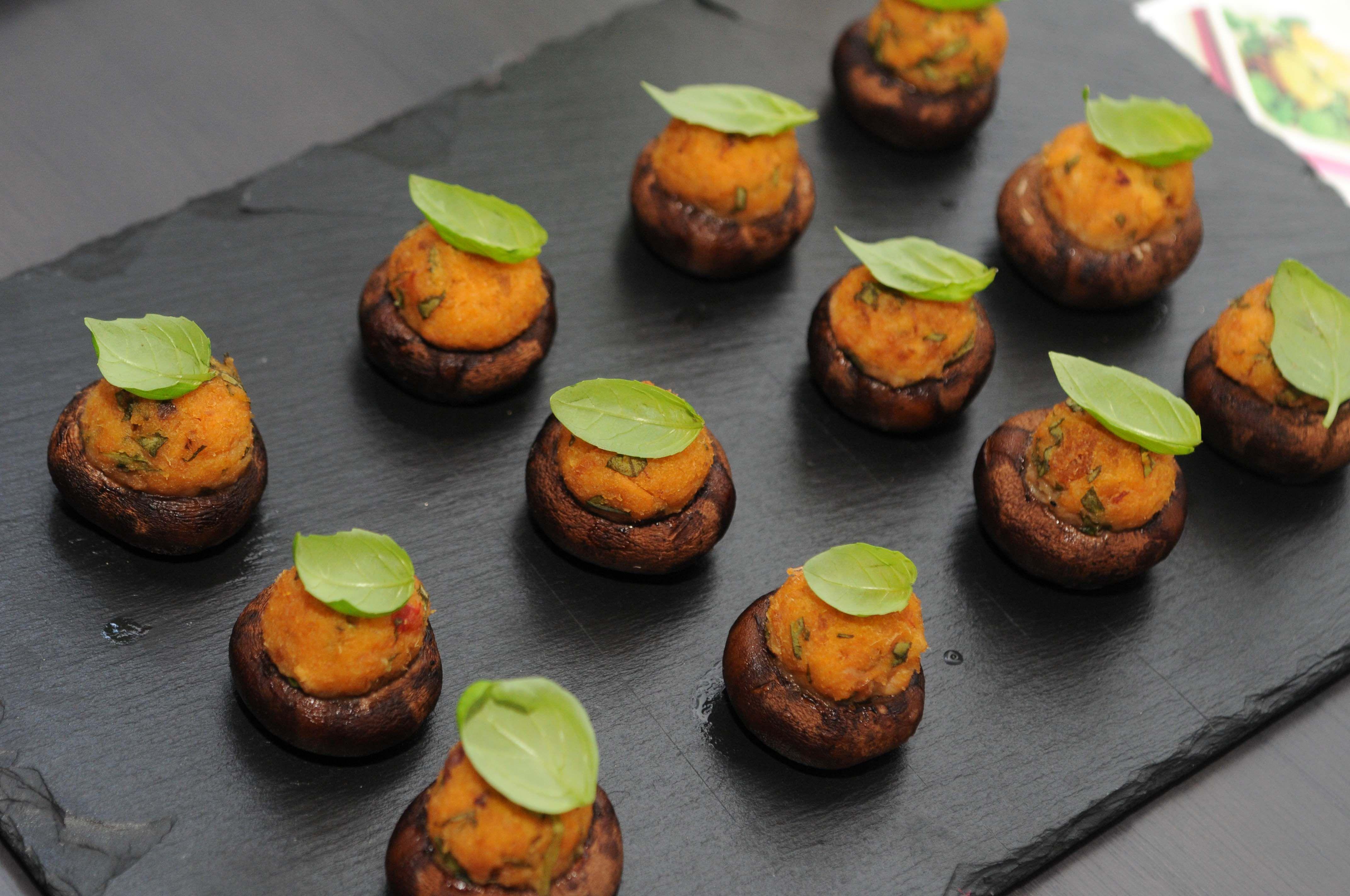 Cogumelos marron com alheira e manjericão Life in a bag by Club masterCOOK