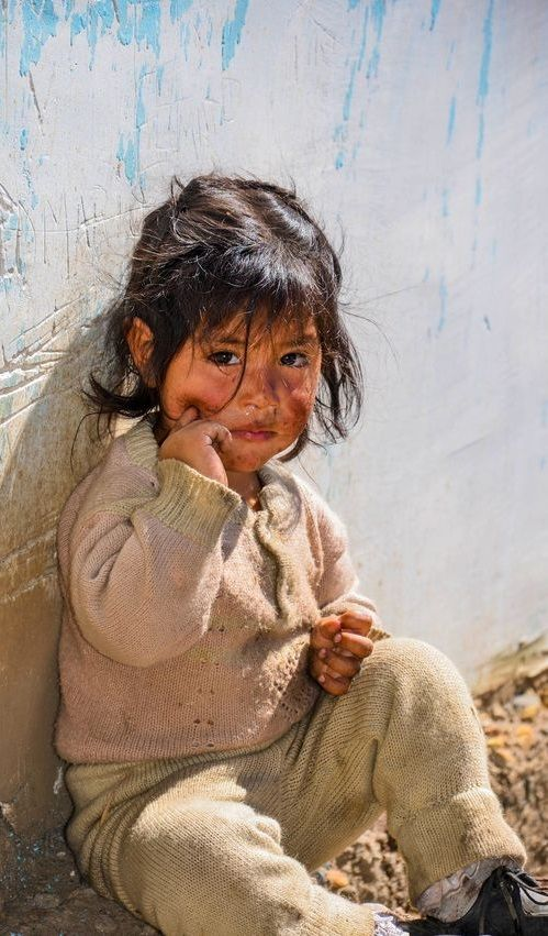 En El Mundo No Tendria Que Haber Ninos Tristes Nunca Mas In 2020 Kids Around The World Beautiful Children People Of The World