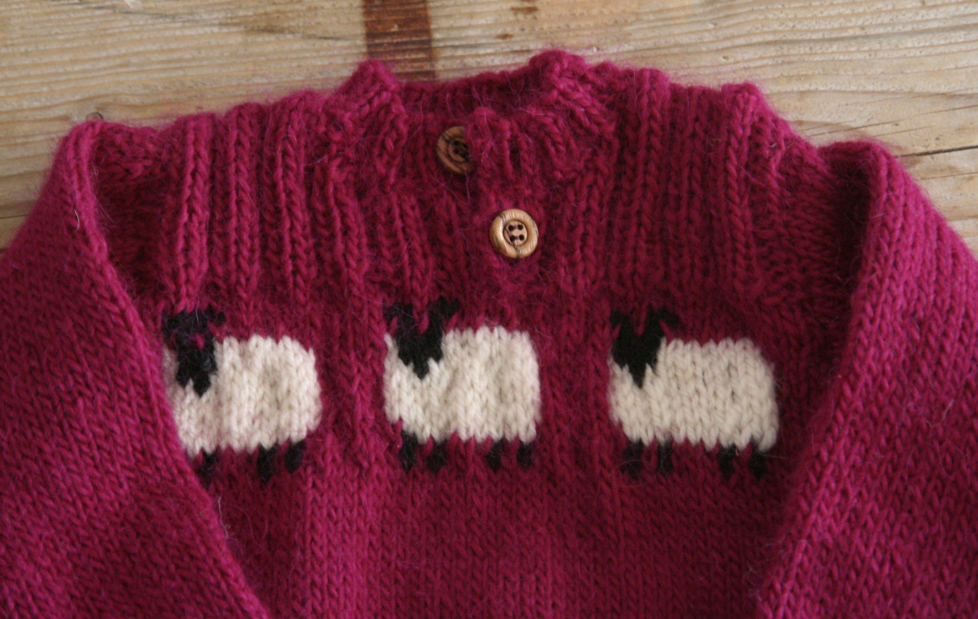 Wollen trui met ingebreide schaapjes