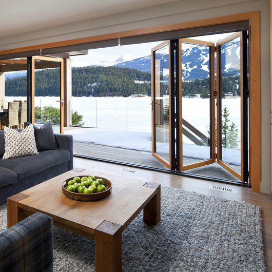 Casa roja hern ndez silva arquitectos doors lofts and for Casas con puertas de madera