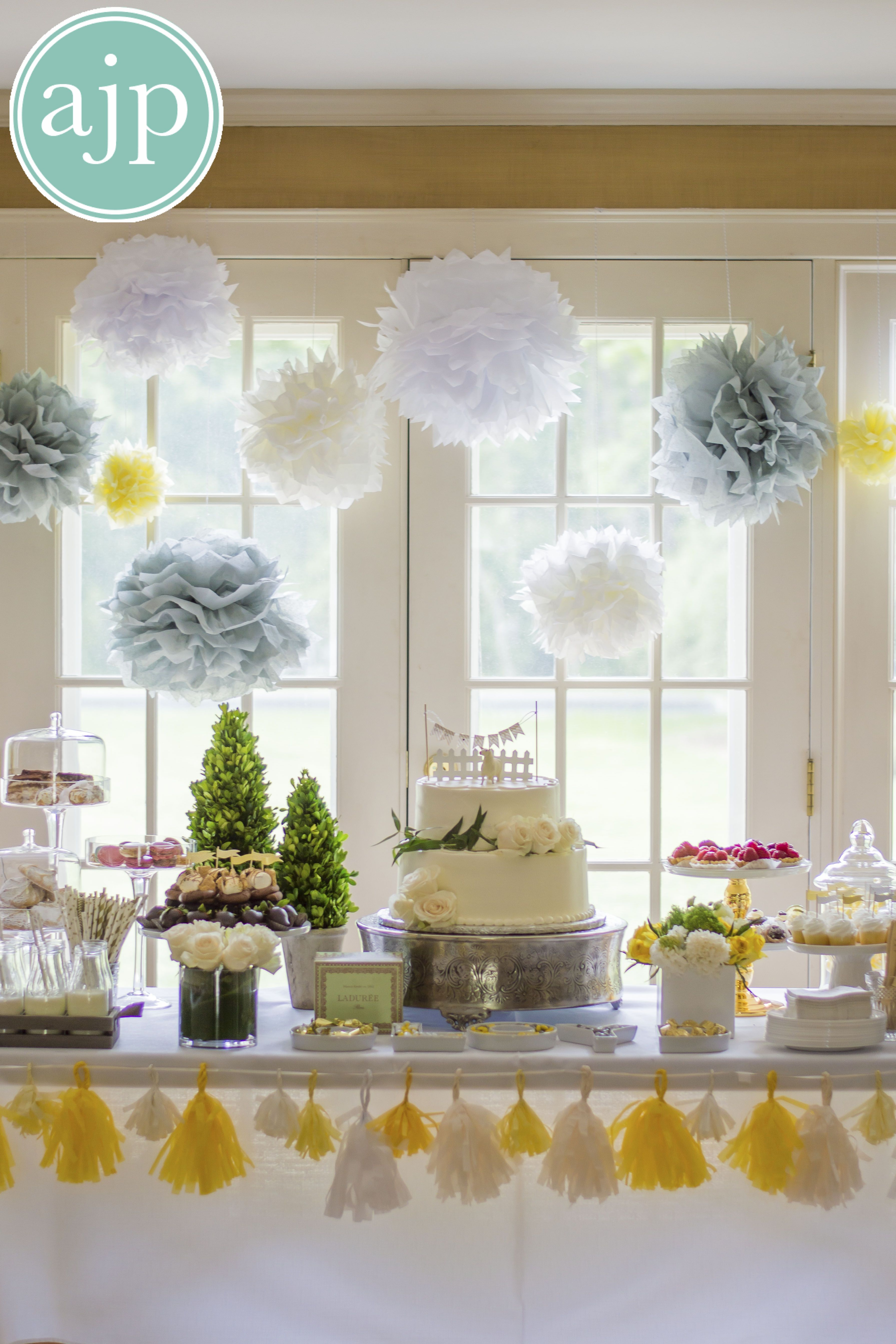 #alexajohnsonphotography #cupcakes #flags #beautiful #event #photography #baby #shower #party #decor #treats #pastries #delicious #food #photos #dessert #chocolate #strawberries #Smores #cupcakes #cupcakeflags #Straws #lamb #cake #white #roses #flowers