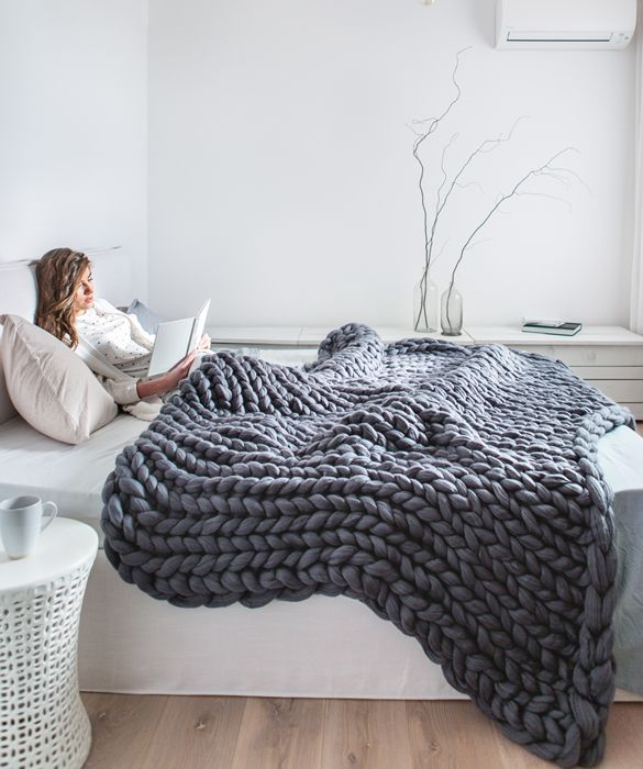 Extra Large Chunky Knitted Merino Blanket. Premium Collection ...